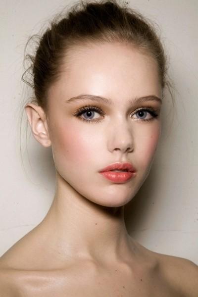 makeup  horas BarnaChic maquillaje wedding  24 Kit guest natural de